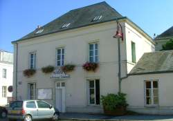Mairie de la Fresnaye sur Chédouet